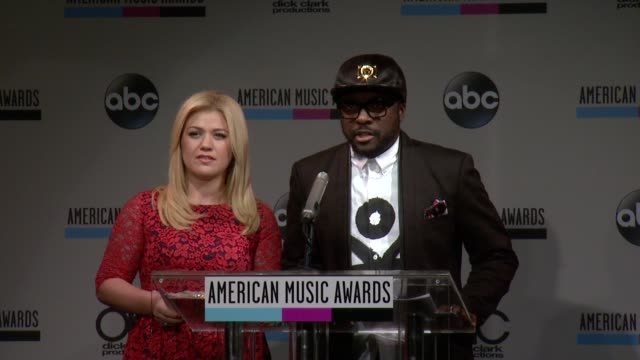 speech william announces the favorite country band duo or group at the 2013 american music awards nominations press conference at bb king blues club... - 2013 american music awards stock videos & royalty-free footage