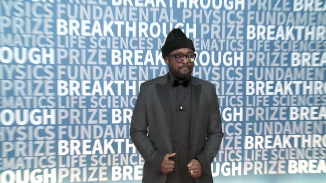 william at nasa ames research center on december 04 2016 in mountain view california - will.i.am stock videos and b-roll footage