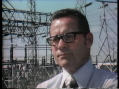 william buchanan of the general electric company talks about the dangers of pcbs. - ジェネラルエレクトリック点の映像素材/bロール