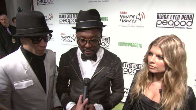 william fergie and taboo of the black eyed peas on the peapod foundation on the art academy at willowbrook boys and girls club and on their new album... - black eyed peas stock videos & royalty-free footage