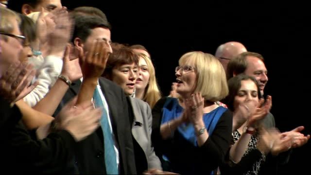 william hague throws down gauntlet to labour over devolution; manchester: int **music overlaid sot** margaret curran mp , douglas alexander mp, jim... - ダグラス アレキサンダー点の映像素材/bロール