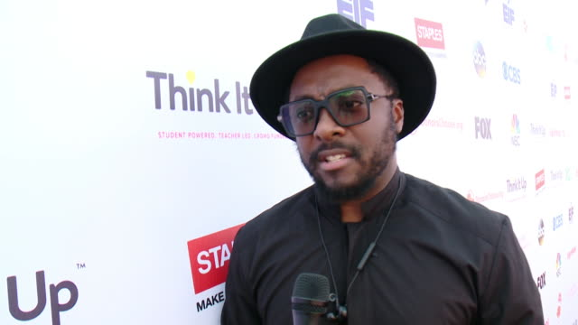 interview william on why it was important to be a part of the event tonight why education is important also a shout out to camera on think it up at... - will.i.am stock videos & royalty-free footage