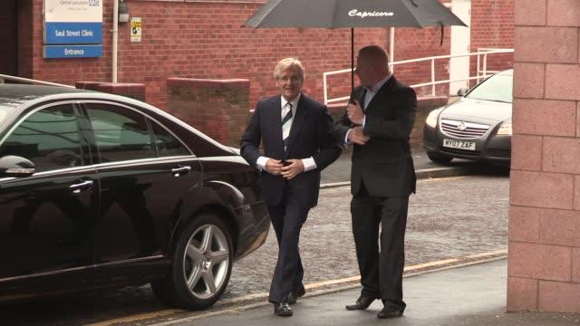 william roache arrives to plea at preston crown court on september 02 2013 in preston lancashire - ウィリアム・ローチ点の映像素材/bロール