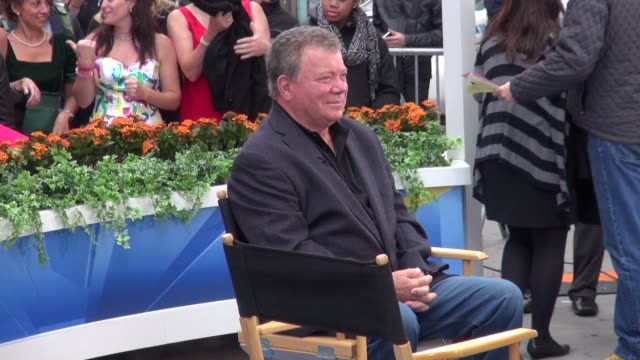 william shatner at good morning america in new york 10/04 - william shatner stock videos & royalty-free footage