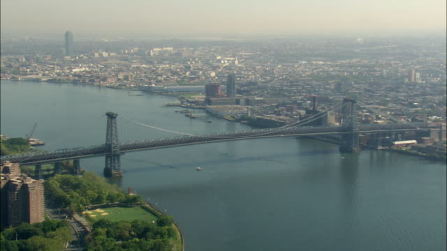 AERIAL Williamsburg Bridge / New York City, New York, USA