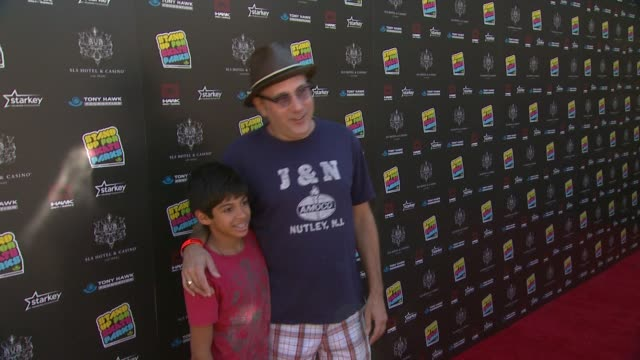 willie garson at 10th annual tony hawk's stand up for skateparks benefit on 10/5/13 in los angeles, ca . - ウィリー ガーソン点の映像素材/bロール
