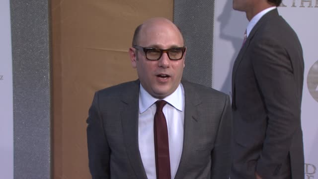 willie garson at the 'sex and the city 2' new york premiere - arrivals at new york ny. - ウィリー ガーソン点の映像素材/bロール