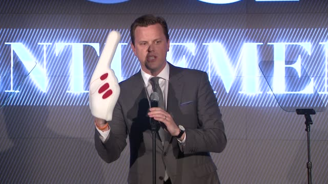 SPEECH Willie Geist teases Robin Thicke with foam finger costume and twerking with Miley Cyrus He remarks 'It's going to be a long night for you...