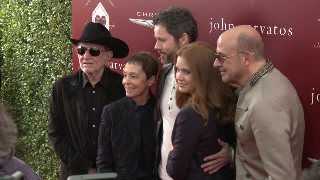 willie nelson, amy adams, darren le gallo, john varvatos and gail abarbanel at the john varvatos 11th annual stuart house benefit at john varvatos on... - willie nelson stock-videos und b-roll-filmmaterial