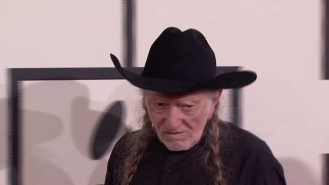 willie nelson at 56th annual grammy awards - arrivals at staples center on in los angeles, california. - willie nelson stock-videos und b-roll-filmmaterial