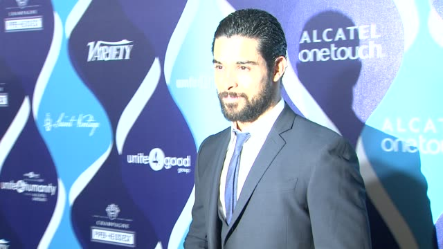wilmer valderrama at the 2nd annual unite4humanity presented by alcatel onetouch on february 19 2015 in beverly hills california - オスカーパーティー点の映像素材/bロール