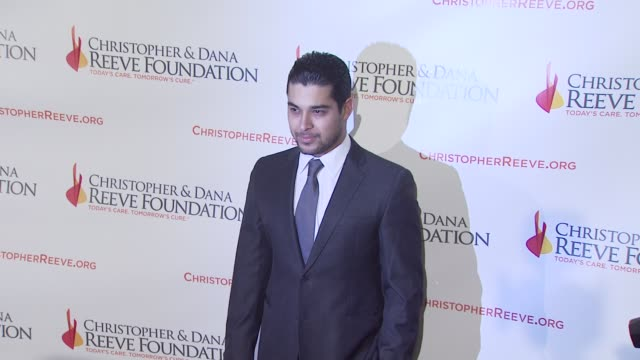 wilmer valderrama at the 4th annual los angeles gala for the christopher dana reeve foundation at los angeles ca - wilmer valderrama stock videos and b-roll footage
