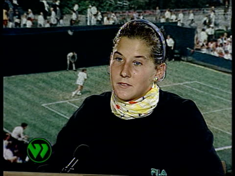 Wimbledon 1992 INT CMS Monica Seles intvwd SOF I tried hard to keep my grunt down today sometimes with success / Hope next year not to be grunting