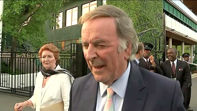 highlights terry wogan interview sot - terry wogan video stock e b–roll
