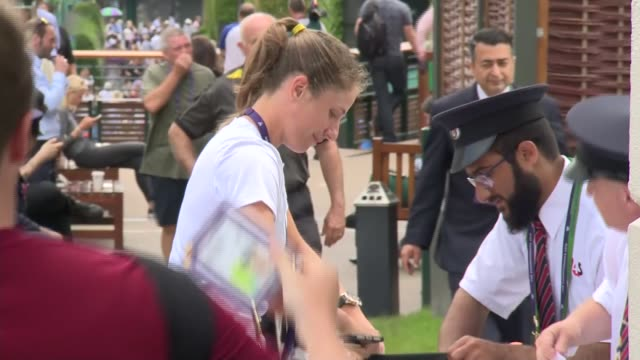 day 6 celebrity arrivals; england: london: merton: wimbledon: the all england lawn tennis and croquet club: ext various people arriving for the... - serena williams tennis player stock videos & royalty-free footage