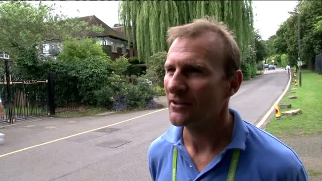 wimbledon championships 2012: andy murray prepares for semi-final; david felgate interview sot - 準決勝点の映像素材/bロール