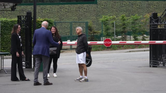 wimbledon tennis club chairman, ian hewitt and mayor of london, sadiq khan arrive at wimbledon tennis club at wimbledon on september 4, 2020 in... - chairperson stock videos & royalty-free footage