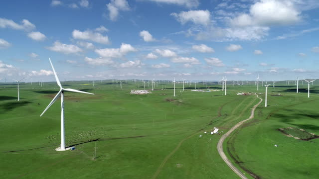 stockvideo's en b-roll-footage met wind turbine on huitengxile grassland - 40 seconds or greater