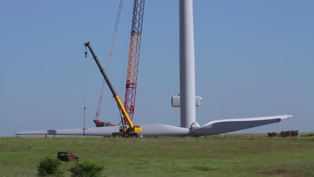 wind turbine raising nacelle wide - blade stock videos & royalty-free footage
