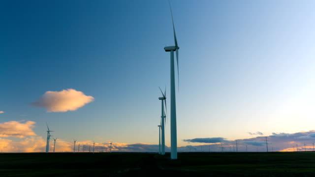 turbina a vento - in buona condizione video stock e b–roll