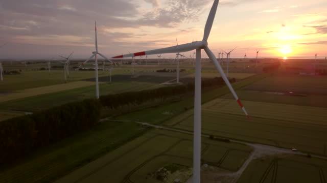 wind turbine - schleswig holstein stock-videos und b-roll-filmmaterial