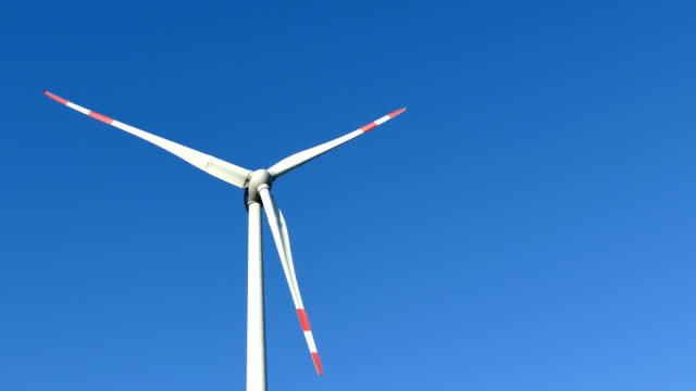 wind turbines 4 - drehen stock videos & royalty-free footage
