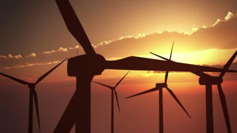 風力タービン、サンセット/ループ - 風力発電点の映像素材/bロール