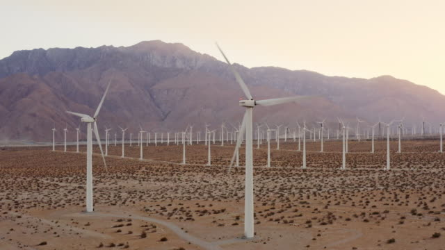 WS Wind turbines / Palm Springs, California