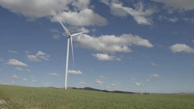 wind turbines stand at the hornsdale wind farm operated by neoen sas near jamestown south australia on friday sept 29 2017 - jamestown stock-videos und b-roll-filmmaterial