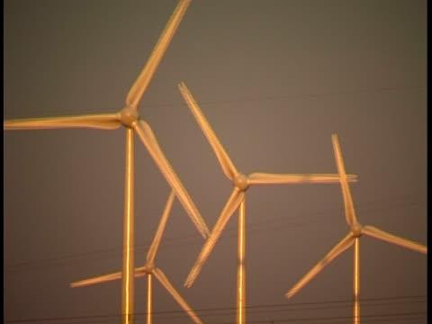 風力タービン  - 四つ点の映像素材/bロール