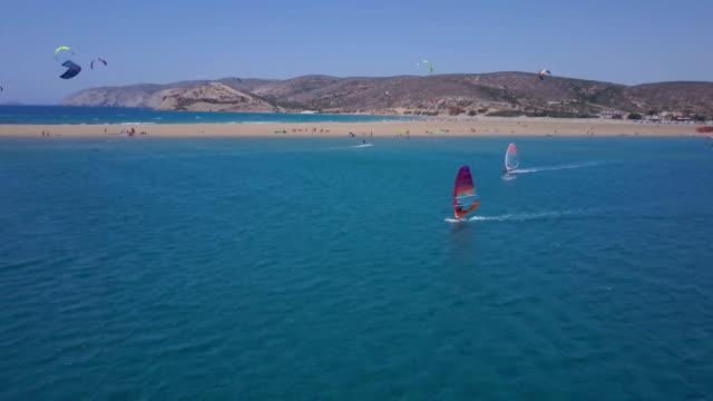 stockvideo's en b-roll-footage met wind gebaseerde strandrecreatie - rodos dodecanese eilanden