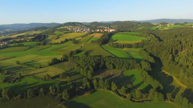vidéos et rushes de monastère windberg hill dans la basse bavière - ensoleillé