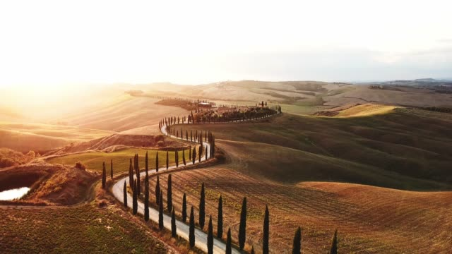 winding road in tuscany - tuscany stock videos & royalty-free footage