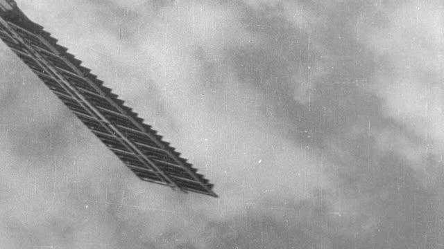 montage windmill blades slowly turning - 1931年点の映像素材/bロール