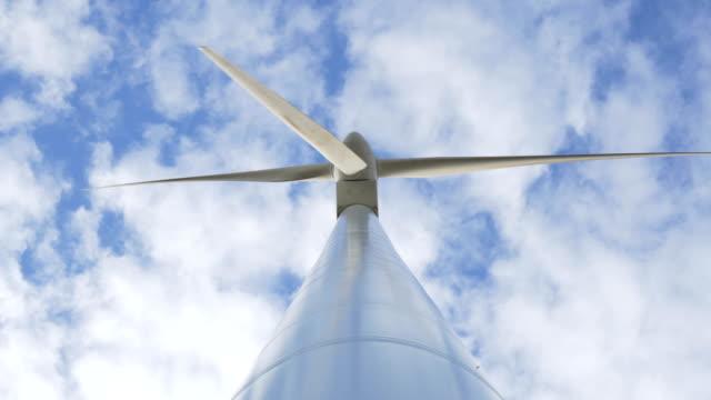 windmill turbine shot from below - lama oggetto creato dall'uomo video stock e b–roll