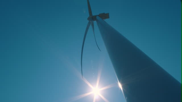 Windmill / windturbine in frog perspective