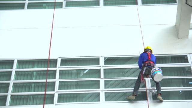 fönsterputsare - fönsterrad bildbanksvideor och videomaterial från bakom kulisserna