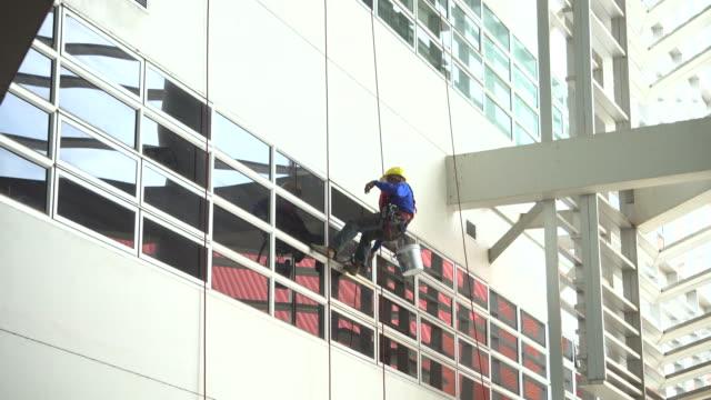 window washer - window washer stock videos & royalty-free footage