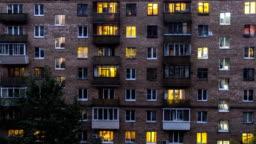 windows of dwelling house time lapse