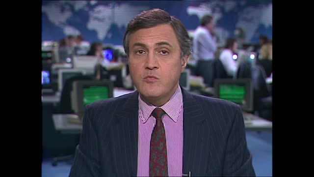 early evening news pab; england: london: gir: int gv atrium john suchet live studio - itv news at five stock videos & royalty-free footage