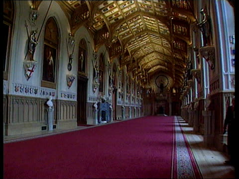 windsor castle restoration:; b)c4n itn england: berks: windsor castle: int restored ceiling of st george's hall tilt down to gv gv crimson drawing... - b rolle stock-videos und b-roll-filmmaterial