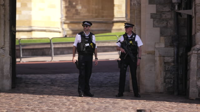 windsor castle security shot - crime or recreational drug or prison or legal trial stock videos & royalty-free footage