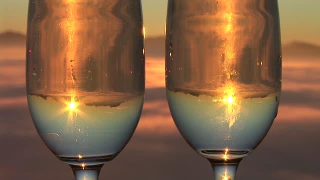 hd :ワインの日の出 - セレクティブフォーカス点の映像素材/bロール