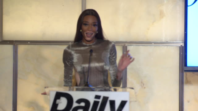 speech winnie harlow accepting an award at the daily front row 6th annual fashion media awards at park hyatt new york on september 06 2018 in new... - winnie harlow stock videos & royalty-free footage
