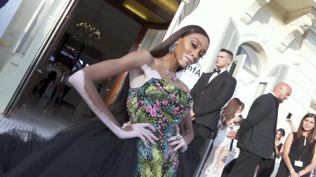 winnie harlow at amfar cannes gala 2019 at hotel du capedenroc on may 23 2019 in cap d'antibes france - winnie harlow stock videos & royalty-free footage
