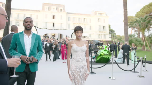 winnie harlow at amfar gala cannes 2017 at hotel du capedenroc on may 25 2017 in cap d'antibes france - international cannes film festival stock videos & royalty-free footage