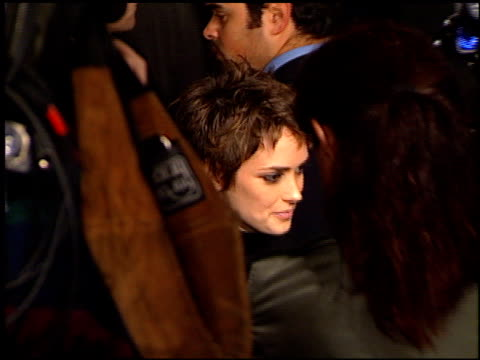 winona ryder at the 'alien resurrection' premiere on november 20, 1997. - winona ryder stock videos & royalty-free footage