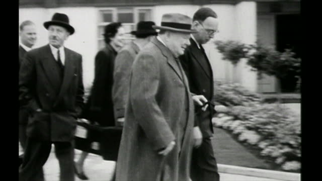 winston and clementine churchill going on holiday 1952 - archival stock videos & royalty-free footage