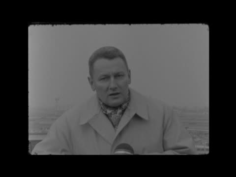 """winston churchill lying in state: second day:; c) england: london: lap : gv planes: gv airport building: control tower tom barry: sof: """"the three... - main course stock videos & royalty-free footage"""