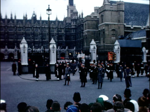 stockvideo's en b-roll-footage met winston churchill state funeral 3011965 london westminster ext coffin of sir winston churchill carried along outside westminster hall draped in union... - 1965